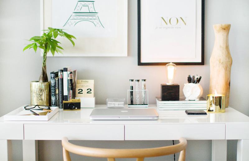 arredare scrivania colori neutri