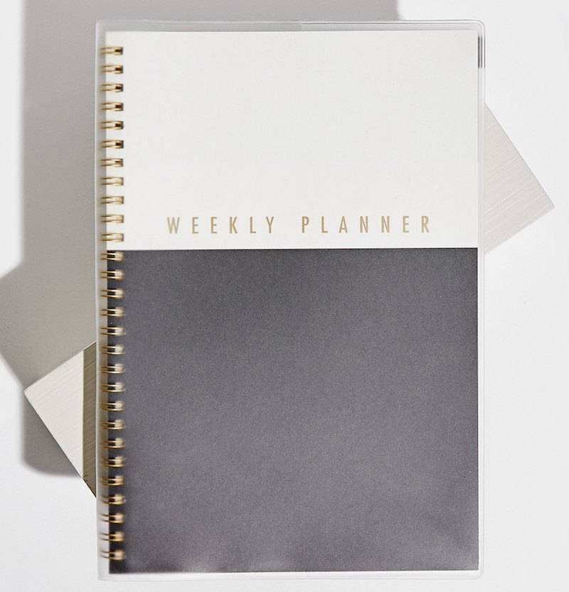 weekly planner stradivarius