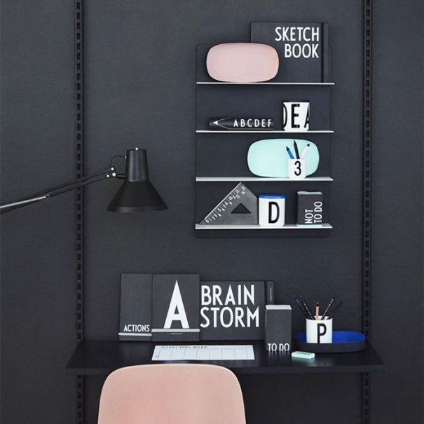scrivania Design Letters